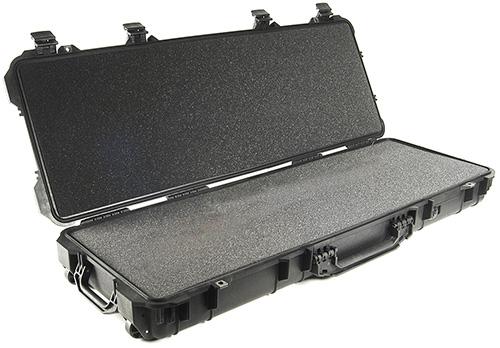 pelican-hard-gun-rifle-ar15-transport-case.jpg