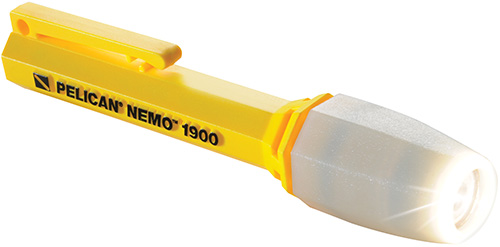 pelican-best-waterproof-dive-light-flashlight.jpg